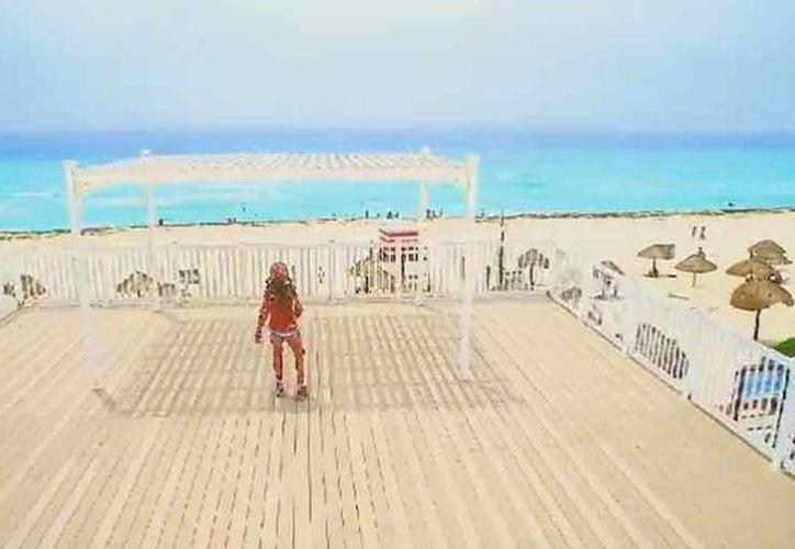El video de Disney Channel fue grabado en junio en Cancún y estrenado el domingo 26 de agosto. (Captura de pantalla/Video)