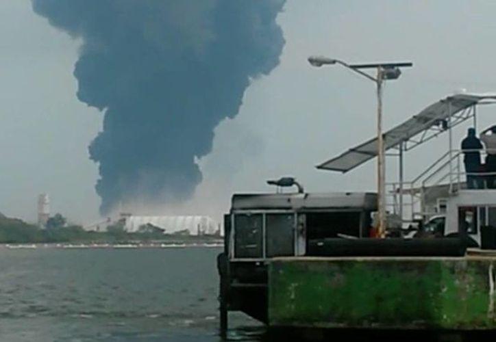 El pasado 20 de abril se registró una explosión en el complejo petroquímico de Pajaritos, en Coatzacoalcos, Veracruz. (Agencias)