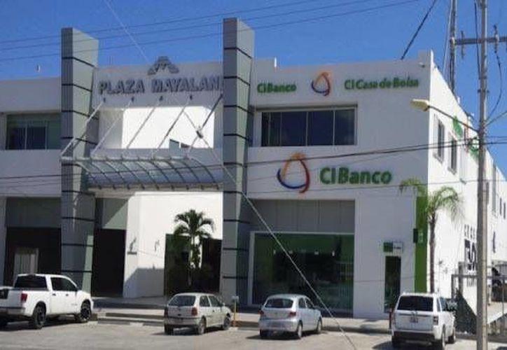 El Centro Regional Sureste en Cancún, ubicado en la plaza Mayaland, contará con paneles solares. (Cortesía)