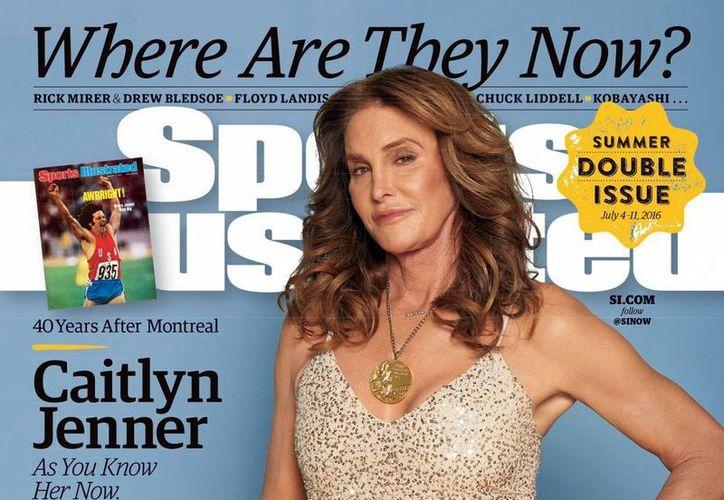 Caitlyn Jenner apareció en la portada de Sport Illustrated. Como atleta, obtuvo la medalla de oro en el decatlón de los Juegos Olímpicos de Montreal 1976. (Instagram Sport Illustrate)