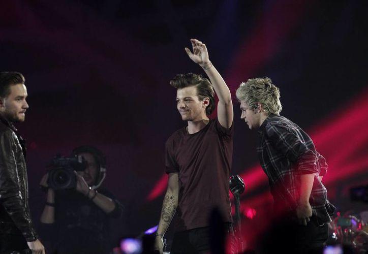 One Direction estrena 'Perfect', el segundo sencillo de su más reciente disco. (Notimex)