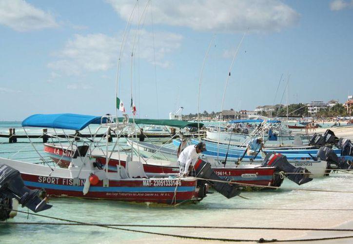 Los prestadores de servicios turísticos tienen derecho de permanecer en esa zona. (Alida Martínez/SIPSE)