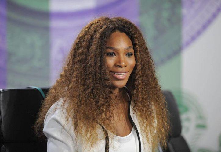 Serena Williams en rueda de prensa previa al torneo de Wimbledon, en el All England Lawn Tennis Club, en Londres, Reino Unido. (EFE)