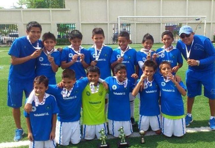 Colegio Valladolid disputará la fase regional. (Redacción/SIPSE)