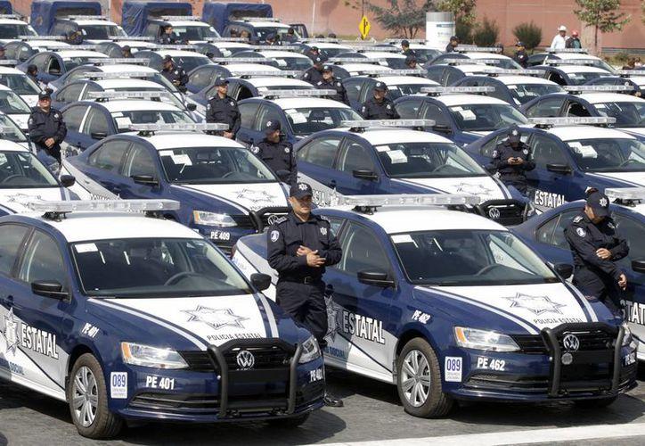 De 337 mil 209 policías estatales que hay en el país, 291 mil 693 aprobaron los controles de confianza. (Archivo/Notimex)