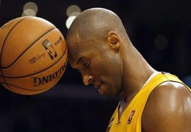 Bryant descartó que el dinero fuera un factor para continuar en la NBA. (Foto: Diario Registrado.com)