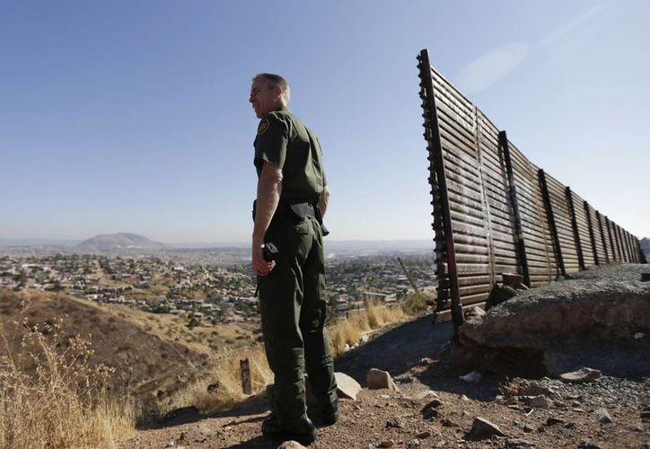 Los policías de Estados Unidos se niegan a colaborar en acciones migratorias, tareas que correspoden a fuerzas como la Border Patrol. (Archivo/AP)