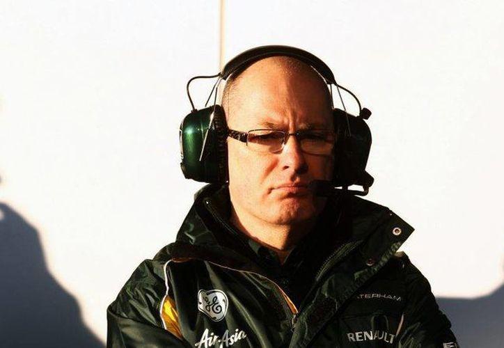 Mark Smith (foto) el británico comenzará a trabajar en el equipo de Hinwill a partir del próximo 13 de julio, por lo que su primera aparición con el equipo suizo se espera que tenga lugar en el Gran Premio de Hungría 2015, que se celebrará durante los días 24, 25 y 26 de julio.(AP)