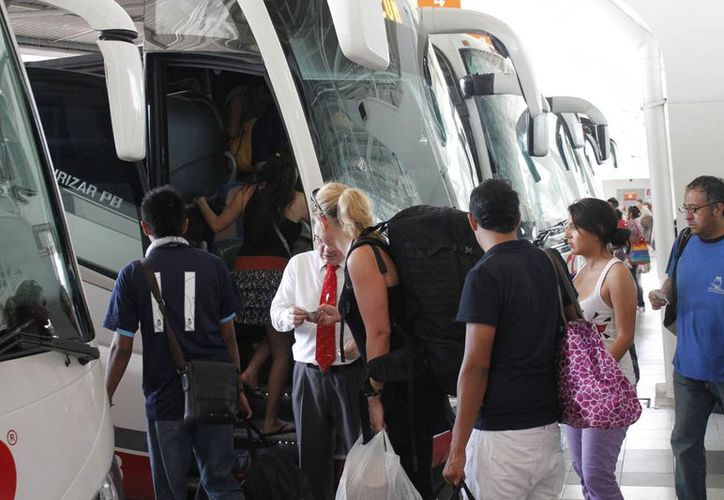 Turistas nacionales y extranjeros son los que más han adquirido este tipo de boletos. (Jesús Tijerina/SIPSE)