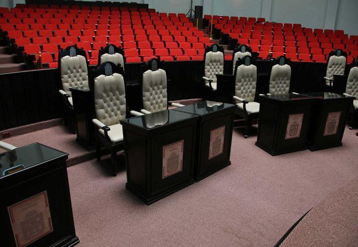 Los diputados electos de Quintana Roo tendrán una reducción salarial. (Luis Soto/SIPSE)