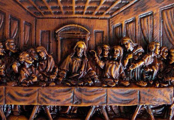 ¿Qué comió Jesús en la Última Cena? Eso intenta responder el escritor Miguel Ángel Almodóvar en un libro homónimo al pasaje bíblico. La foto es es de una representación gráfica del hecho histórico. (Efe/Archivo)