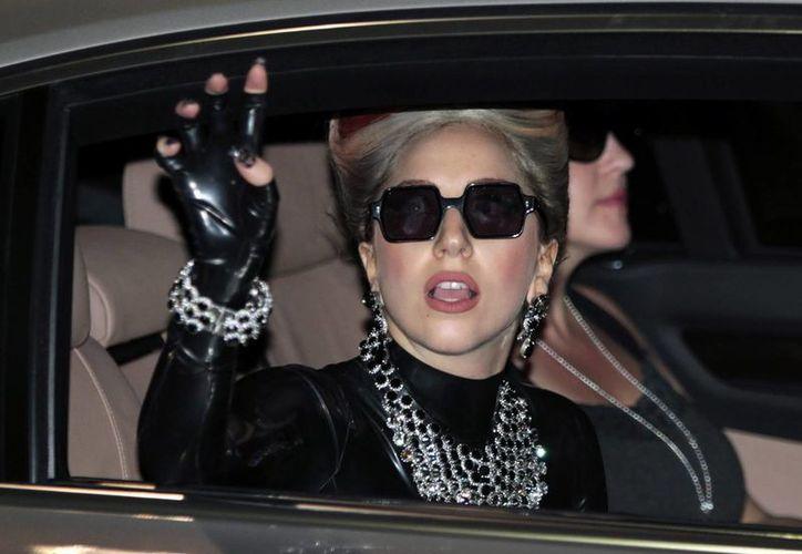 Los médicos recomendaron a la cantante Lady Gaga tomarse con calma esta pausa en su carrera . (EFE/Archivo)