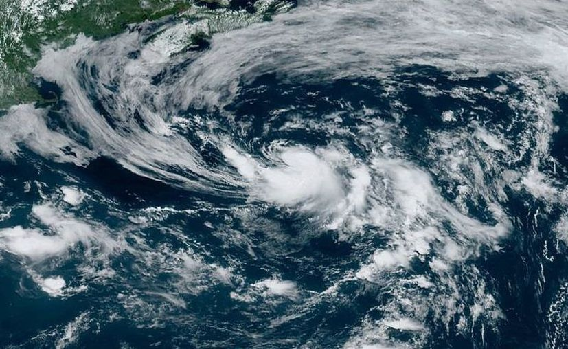 Foto: National Hurricane Center and Central Pacific Hurricane Center.