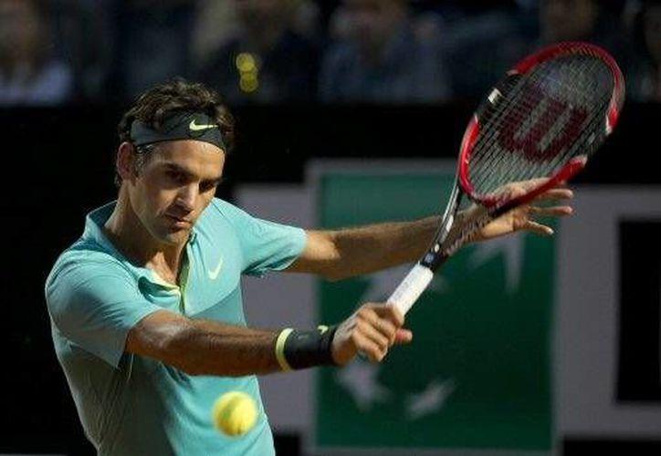 Roger Federer, segundo cabeza de serie, venció por un doble 6-3 al número seis del mundo(AP)