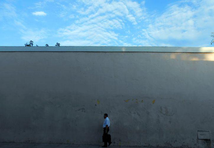 """Aplicarán en Mérida un proyecto piloto para """"convertirla"""" en ciudad inteligente. Entre otros beneficios, se podrán medir en tiempo real muchos factores para tomar decisiones. Por ejemplo, el flujo vehicular y hasta peatonal de algunas zonas. La imagen es únicamente ilustrativa. (Eduardo Vargas/SIPSE)"""