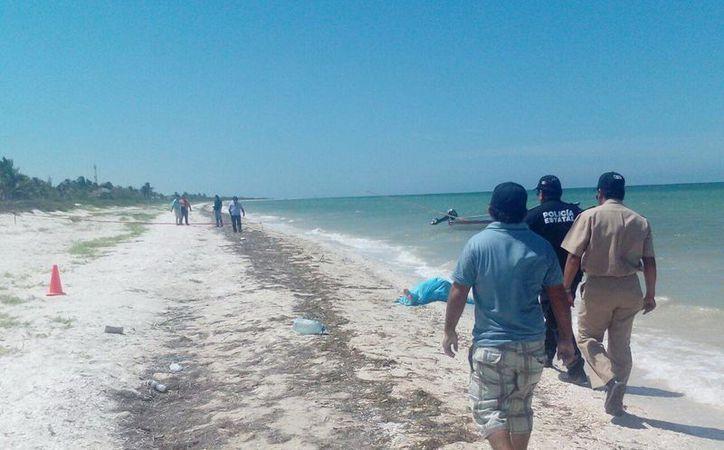 Más de 48 horas después del hallazgo en Telchac Puerto de una mujer amarrada y asesinada, nadie se ha presentado a reclamar el cuerpo. (SIPSE)