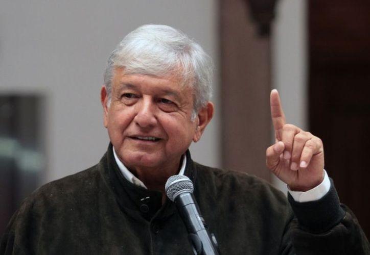 El presidente electo de México, Andrés Manuel López Obrador, anunció los 10 temas que se someterán a consulta el próximo 24 y 25 de noviembre. (El Economista)