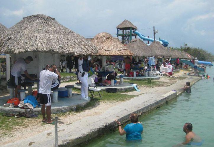 Habitantes del pueblo mágico esperan que su economía mejore en vacaciones. (Javier ortiz/SIPSE)