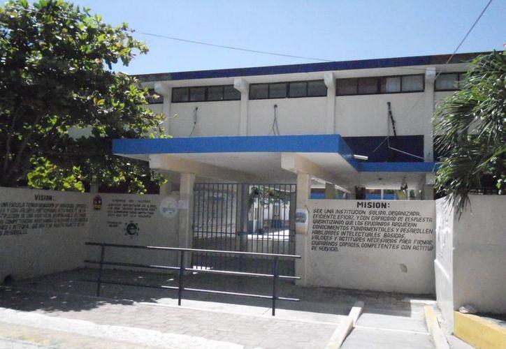 Las escuelas de la isla permanecerán cerradas el próximo lunes. (Lanrry Parra/SIPSE)