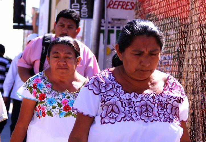 Aunque el 58% de la población yucateca dice ser mayahablante, la lengua la dominan adultos y adultos mayores, señala el Indemaya. (SIPSE)