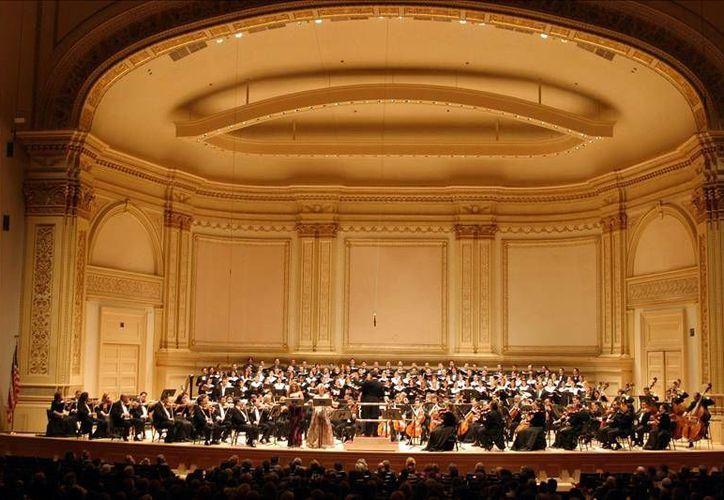 La sala de conciertos Carnegie Hall de Nueva York es un centro recurrente para grandes espectáculos de ópera, danza y música. Ahora desde tu computadora podrás acceder a estos eventos gracias a Google. (Archivo EFE)