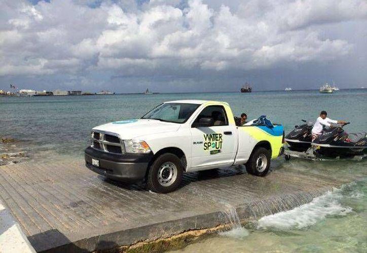Las embarcaciones turísticas pueden hacer uso de esta rampa, que facilitará su mantenimiento y depuración cuando se den de baja. (Irving Canul/SIPSE)