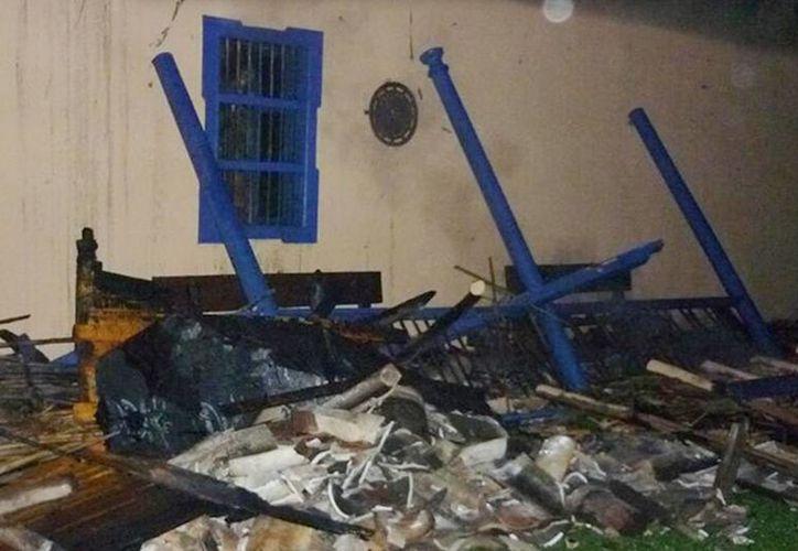 La casa del maestro Fernando Botero ubicada en la vereda Tres Puertas en Llanogrande, Rionegro, se vio afectada en la noche del pasado domingo por una conflagración que al parecer se inició en la chimenea del lugar. (Excelsior)