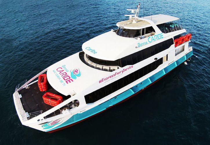 Barcos Caribe colocó un anuncio en donde pretendía cobrar uso de muelle a usuarios, sin embargo, lo retiró al mediodía. (Foto: Barcos Caribe)