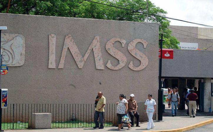 """La """"Gestión de Camas"""" ya se aplica en el Hospital General Regional (HGR) No. Uno 'Lic. Ignacio García Téllez'. Imagen de la entrada a urgencias. (Milenio Novedades)"""
