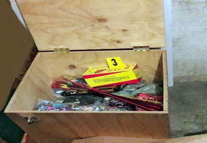 Imagen del material decomisado por la Agencia de Investigación Criminal en un minisúper del barrio de sisal, en Valladolid. (Milenio Novedades)