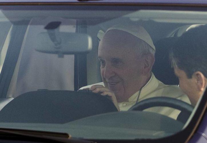 Debido a la visita del Papa Francisco a Sudamérica, la capital de Ecuador, Quito, ha reforzado su seguridad. (AP)