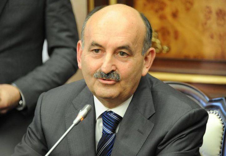 Mehmet Müezzinoglu anteriormente ha criticado también la práctica de cesáreas en Turquía. (cafesiyaset.com)