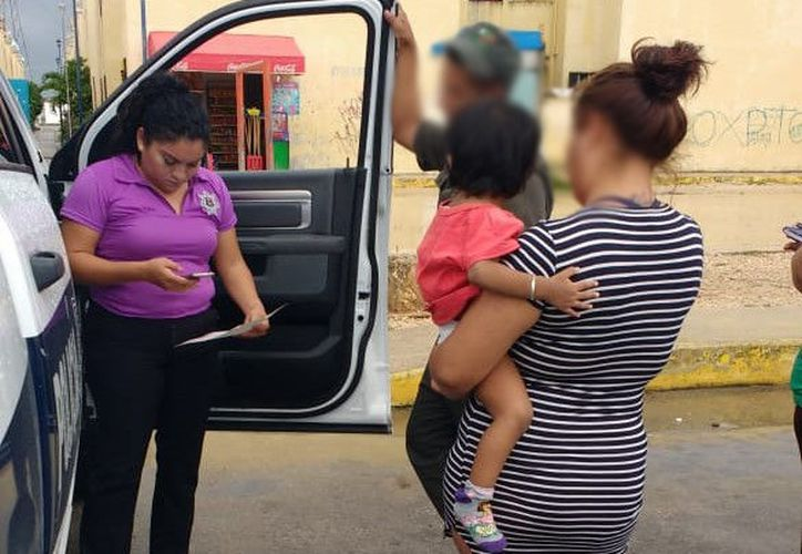 Las autoridades entregaron al pequeño a su madrastra. (Redacción)