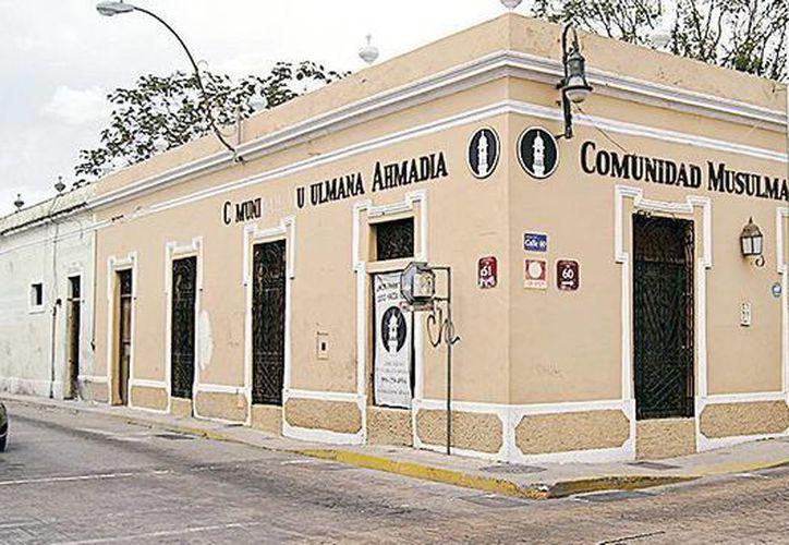 En la mezquita ubicada en Mérida, los musulmanes dan clases a mujeres sin importar el credo que profesen. (Excelsior)