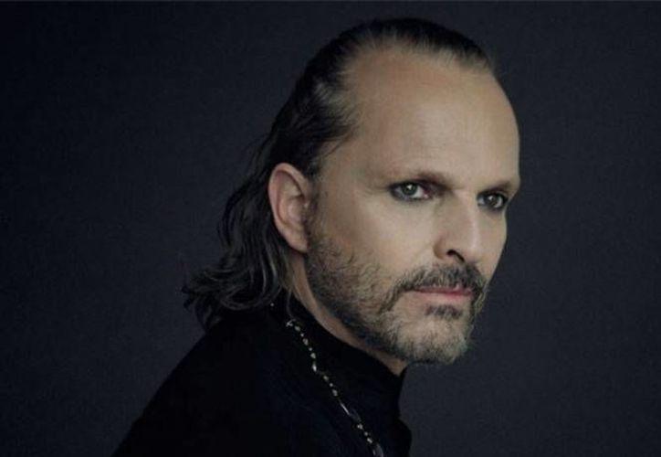 Miguel Bosé se encuentra promocionado 'Bambú', primer sencillo del nuevo álbum 'Bosé: MTV Unplugged'. (Notimex)