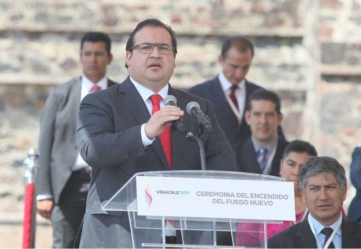 Imagen del gobernador de Veracruz, Javier Duarte, quien dijo que es responsabilidad del gobierno del Distrito Federal resolver el multihomicidio de la Narvarte. (Archivo/Notimex)