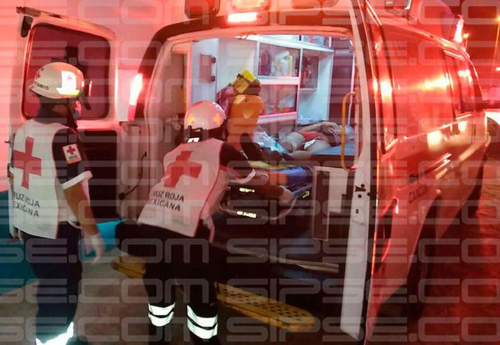 Los heridos fueron trasladados al Hospital General. (Redacción/SIPSE)