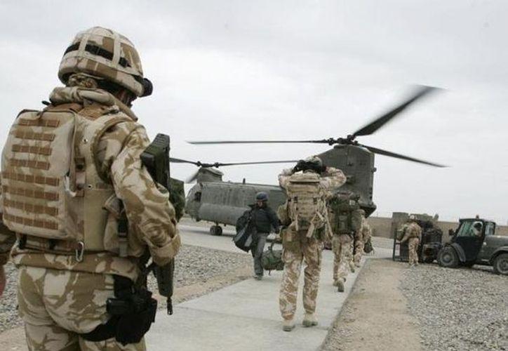 """De acuerdo con Cameron el retiro militar de Reino Unido es posible """"debido al éxito de nuestras tropas y de las fuerzas de seguridad afganas"""". (Archivo/AP)"""