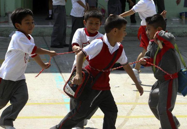 Del total de los ceses de maestros en Coahuila, 20 por ciento se concretaron por denuncias que presentaron los propios alumnos. (Notimex/Foto de contexto)