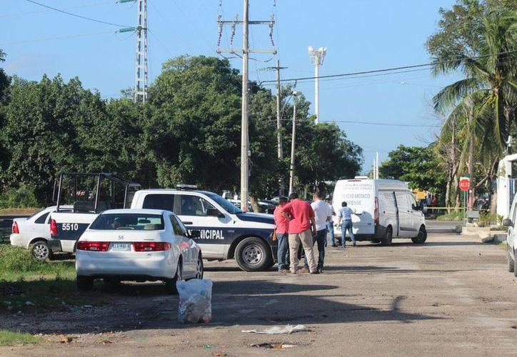 Las autoridades relacionaron a dos personas ejecutadas recientemente en Cancún, con la expolicía apodada 'Doña Lety'. (Redacción/SIPSE)
