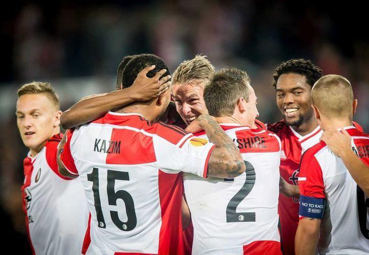 Entrenadores del Feyenoord de Holanda encontraron que hay mucho talento en el futbol infantil cubano. (EFE)
