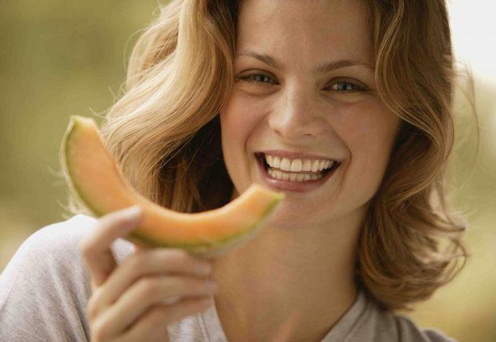 Comer alimentos saludables  se reflejará de manera positiva en tu comportamiento. (Contexto/Internet)