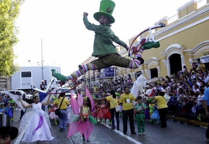 Este jueves 8 de febrero se llevará al cabo el desfile infantil del Carnaval de Mérida, por lo que varias calles estarán cerradas a la circulación de vehículos. (Foto: archivo/SIPSE)