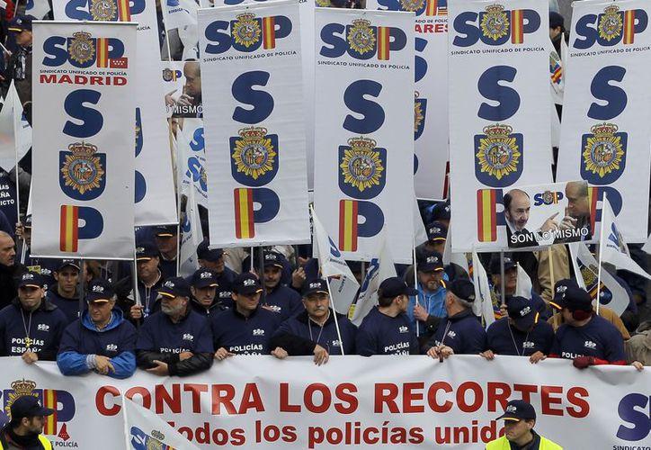 Más de cinco mil agentes se congregaron ante el Ministerio del Interior, en Madrid,  para exponer sus demandas. (Agencias)