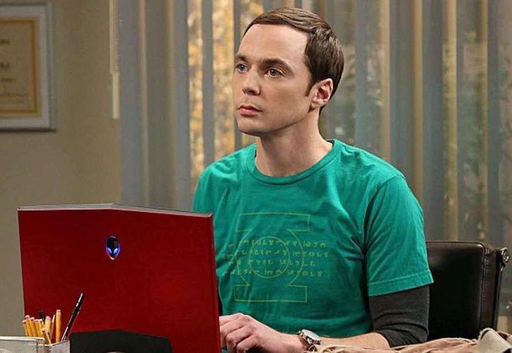 Jim Parsons interpreta en The Big Bang Theory a Sheldon Cooper (foto), que tendrá su propia serie y mostrará su ambiente familiar de cuando tenía 12 años de edad.  (plottify.com)