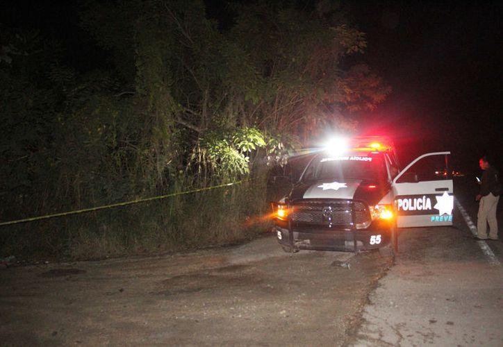 Autoridades investigan como presunto asalto la muerte de un chatarrero en la colonia Tres Reyes. (Foto: Redacción/SIPSE)