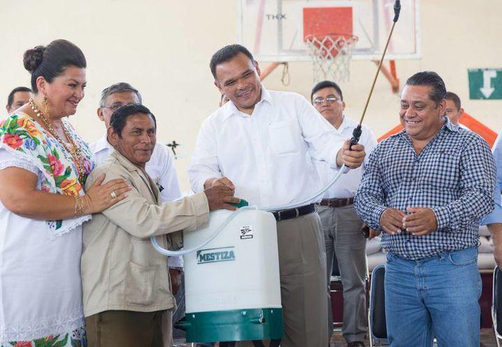 El gobernador Rolando Zapata presidirá tres eventos este miércoles, entre ellos una firma de acuerdos con autoridades de China. (SIPSE)
