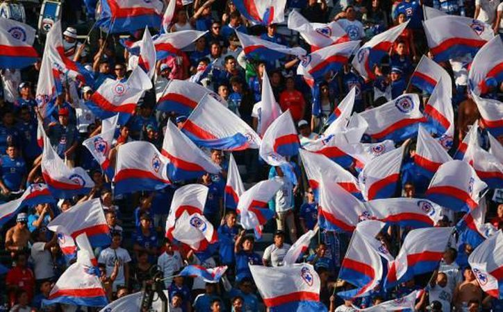 Ante la escasez de boletos para ver el duelo de este sábado entre La Máquina y Chivas en el Estadio Azul, la reventa ya ofrece entradas en más del doble de su precio original. (El mundo según el Cruz Azul).