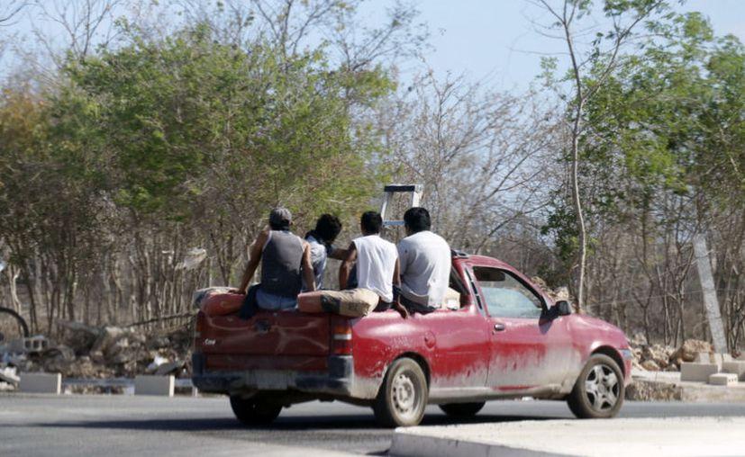 El traslado de personal podría complicarse por las nuevas medidas tras la contingencia sanitaria. (José Acosta/Novedades Yucatán)