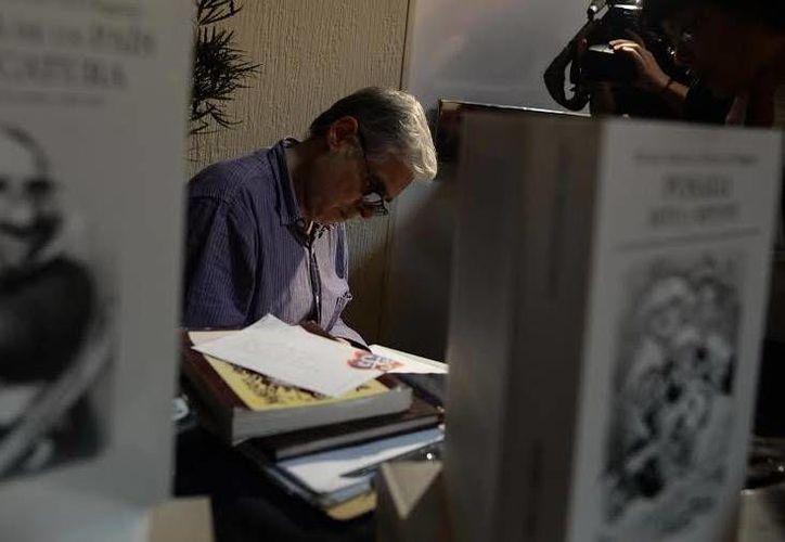 """Rafael Barajas """"El Fisgón"""" opina que el cartón político es un género vigente y aceptado. (Luis Pérez/SIPSE)"""